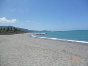brolo spiaggia pulita relazione vigili