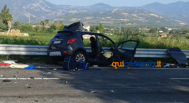 Incidente-villapiana-735x400