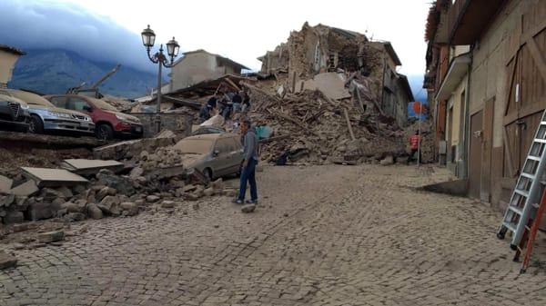 per il terremoto nelle marche e lazio, anche gli aiuti della protezione civile siciliana