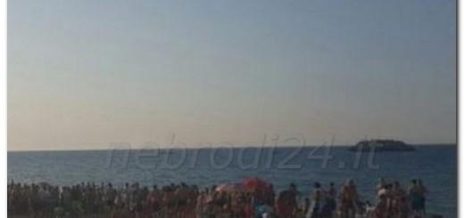 brolo-morto spiaggia