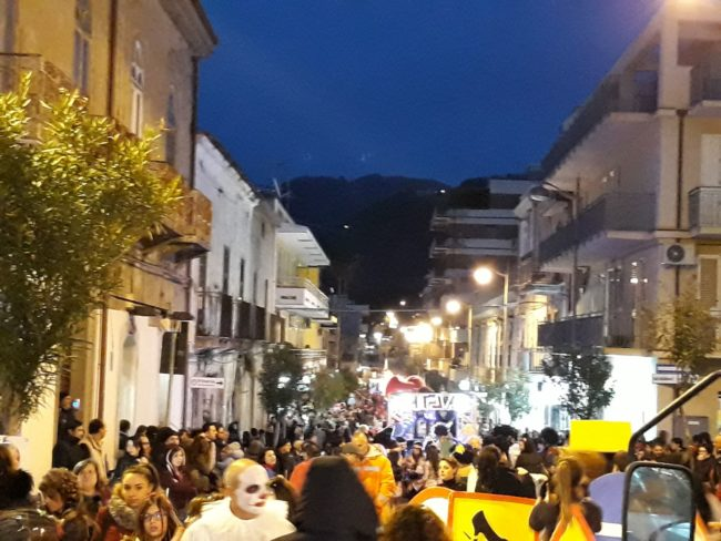 brolo – carnevale 2018: i ringraziamenti dell'associazione carristi e i puntini…sui coriandoli