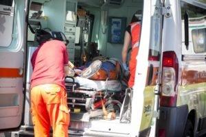 brolo – tragedia nelle acque brolesi, muore un 74enne per infarto