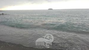 brolo – chiazze in mare sulla costa. domani incontro dei sindaci ingrilli, laccoto, ruggeri e spanò