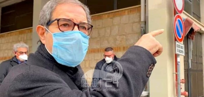 sicilia – musumeci obbligo di quarantena e registrazione per chi arriva in sicilia. mascherine anche all'aperto