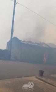 naso – ancora fiamme: chiusa la statale 116 per castell'umberto. sinagra invia i suoi volontari